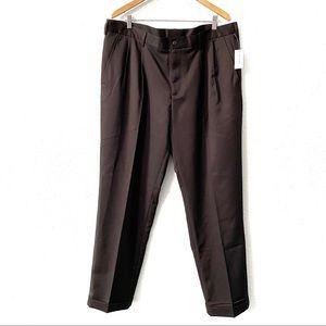 Van Heusen Traveler Non-Iron Black Dress Pants 40